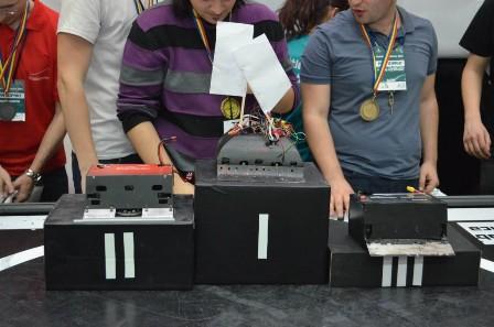 concurs de robotica din Japonia